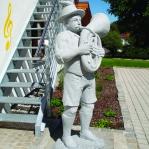 Statue su richiesta